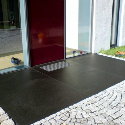 Granit Eingangspodest