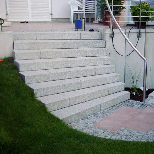 Granit Vollblockstufen
