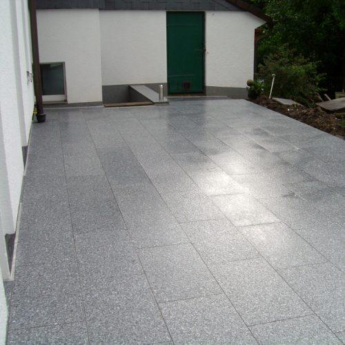Granit Terrasse Tarn Hellgrau