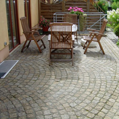 Granitpflasterung 9_11 Terrasse